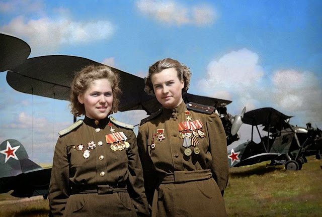 Soviet air heroes Rufina Gasheva Natalya Meklin color photos World War II worldwartwo.filminspector.com