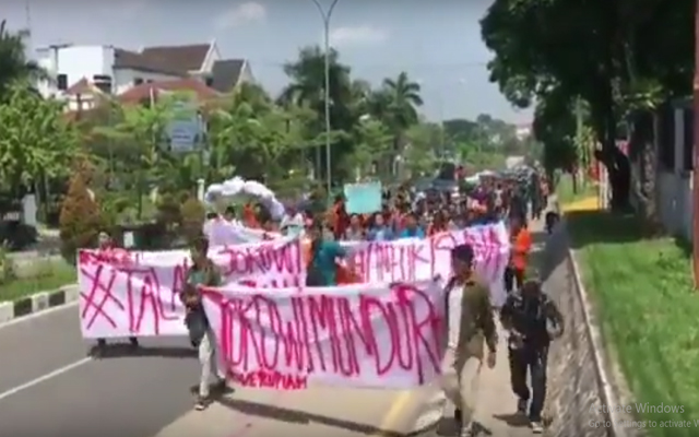Djoko Edi: Mana Mau Jokowi Mundur, Wong Rai Gedek