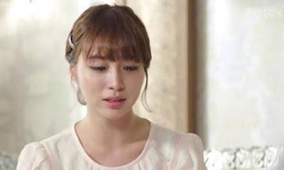 Vợ khóc khi thấy chồng ngoại tình