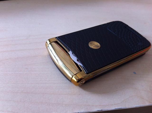 Điện thoại Motorola V8