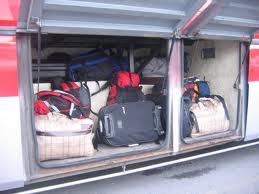 Bagasi tersimpan dalam bus Pontianak Kuching