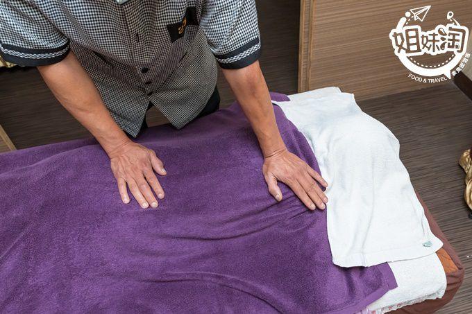 鄧老師養生館,高雄按摩,三民區按摩,高雄指壓,高雄油壓,高雄腳底按摩