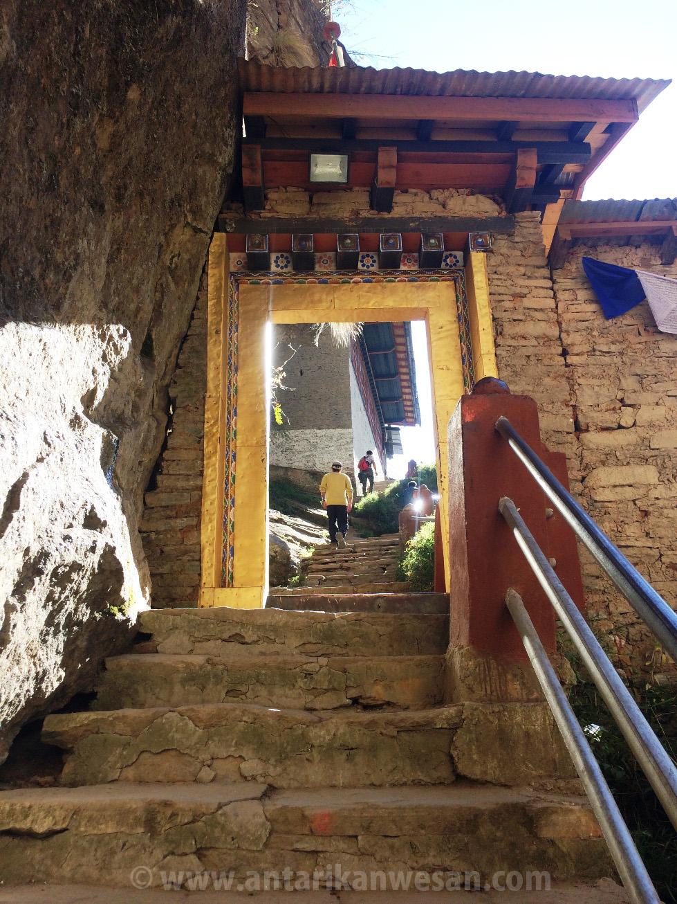 Bhutan The Trek To Tiger S Nest Taktsang Monastery