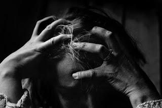 Jenis-jenis Sakit Kepala,Penyebab Sakit Kepala Dan Cara Mengatasinya