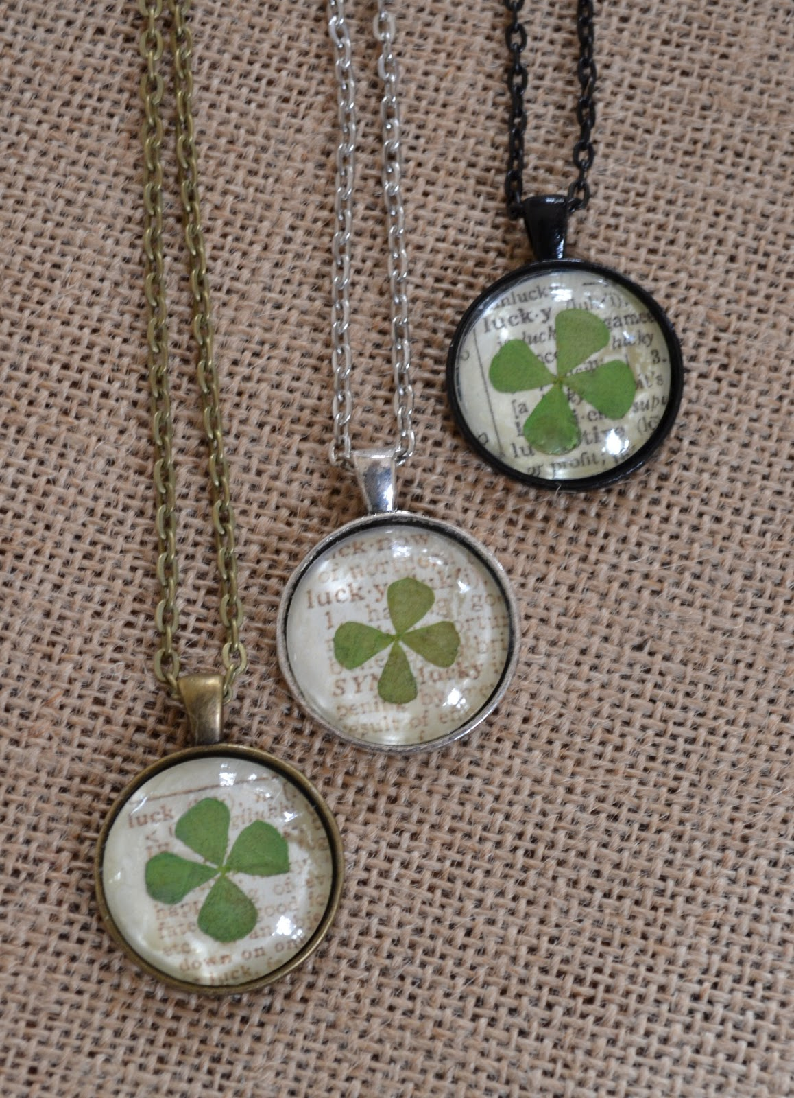 Jennuine by Rook No 17 St Patricks Day Craft Lucky Clover