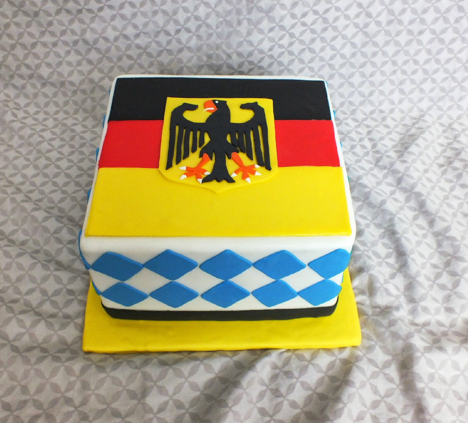 Sweet Bottom Cakes Deutschland Birthday Cake