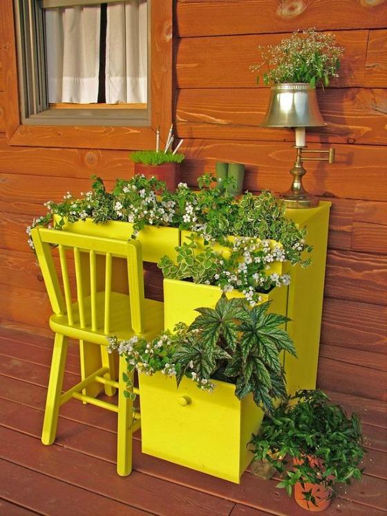 Puppy Love Preschool: DIY Upcycled Desk Container Garden