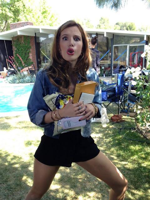 Bella Thorne – Social Media