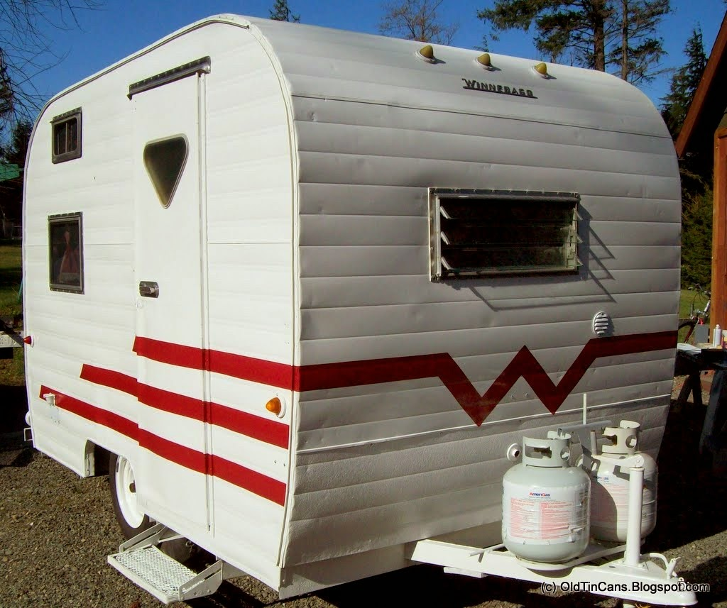 Travel Trailers With Outdoor Kitchens: Vintage Travel Trailers: New Exterior Paint On The Vintage