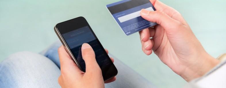 Perbedaan VCC dan Kartu Kredit