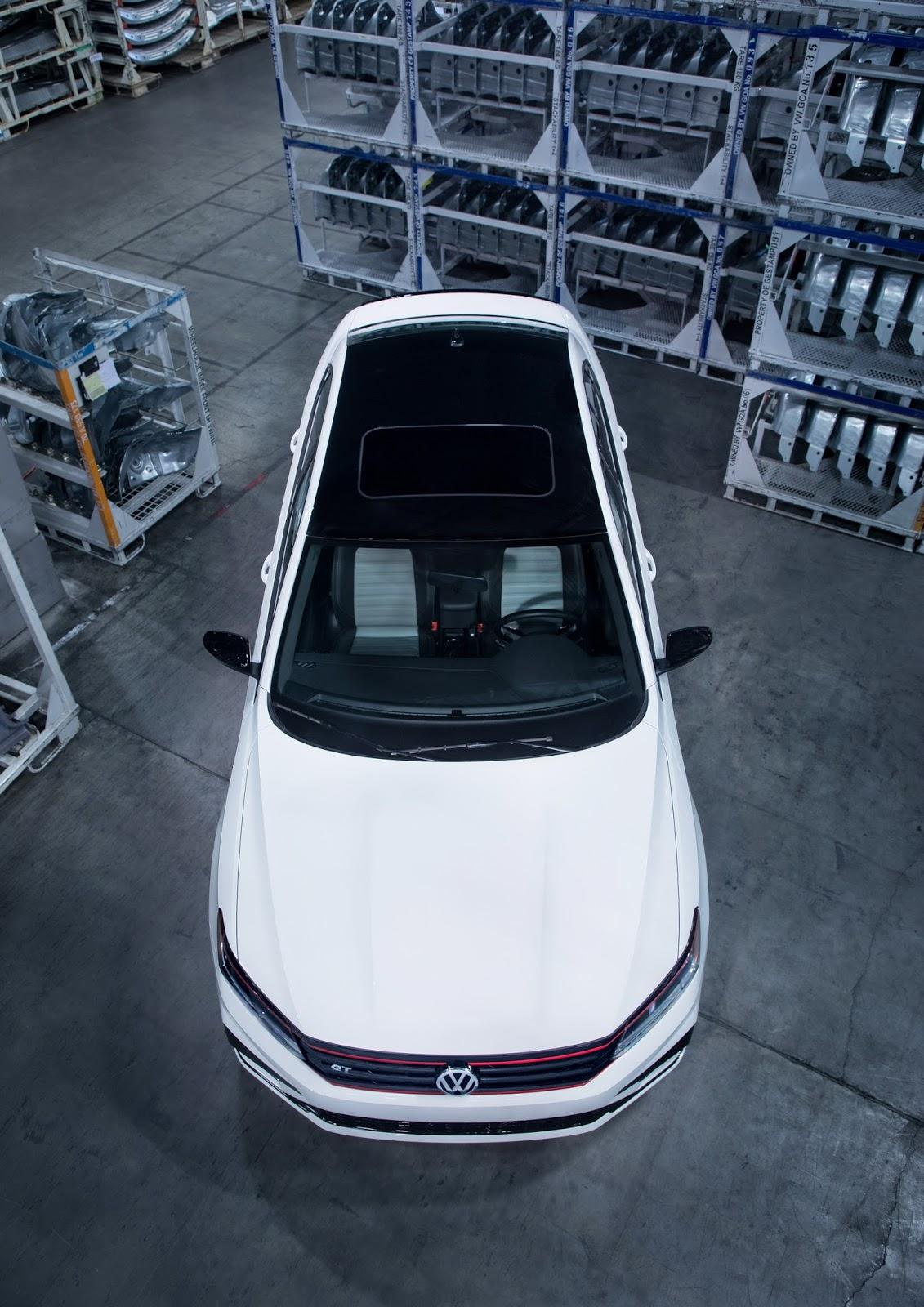 2018-VW-Passat-GT-V6-4.jpg