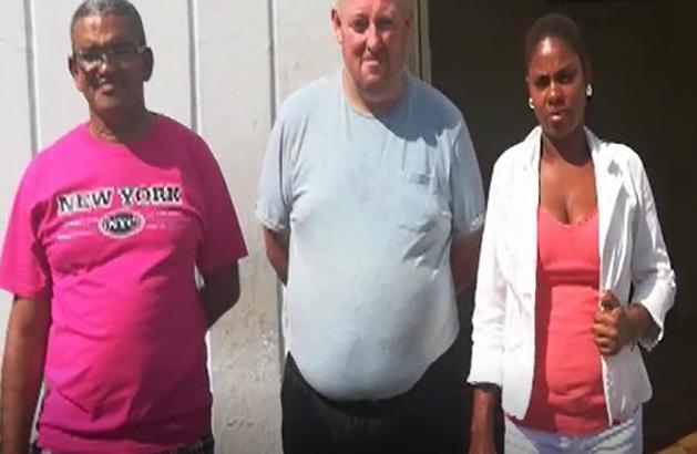 No se le dio el chapeo: Dominicana pide ayuda para comprarle el vuelo a un británico que conoció por las redes sociales