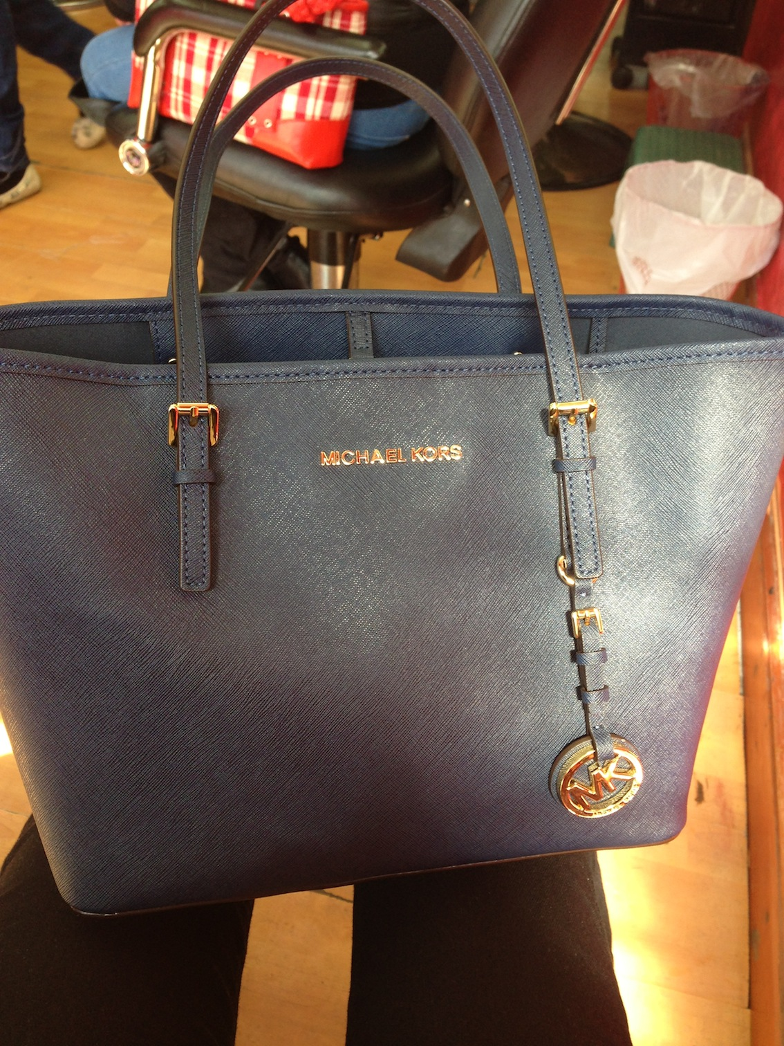 Review Michael Kors Jet Set Saffiano Tote