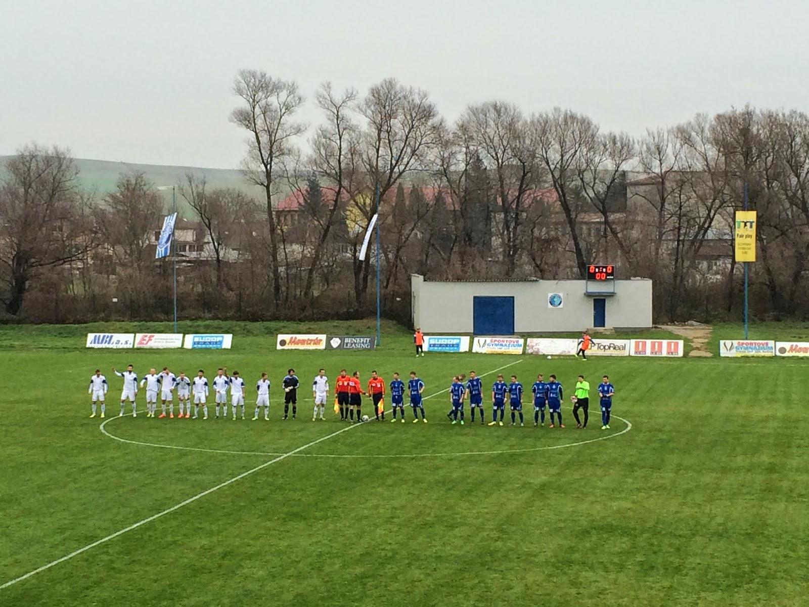 3086c33f2c5cb Dnes sa hral futbal v chladnom počasí a v závere už diváci začali mrznúť no  práve koniec zápasu priniesol futbal z ktorého najviac zahrialo prítomných  ...