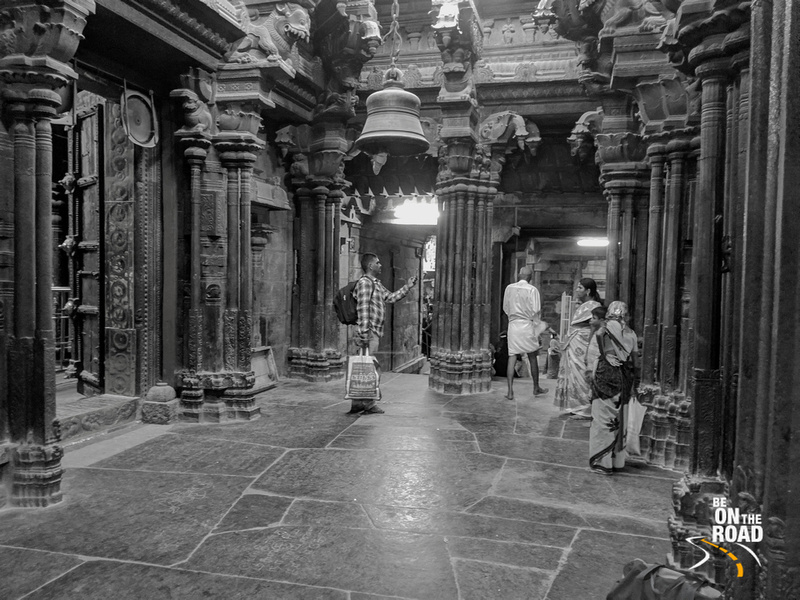 Photographing inside the beautiful Nellaiappar Temple of Tirunelveli