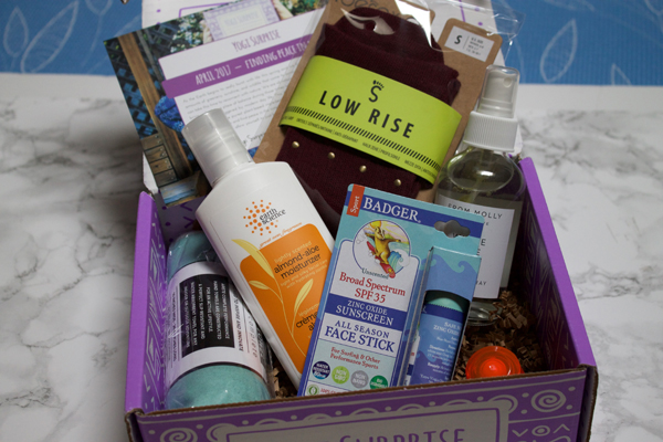 Yogi Surprise Box, Monthly Yoga Box, Yogi Surprise Box Review, Yogi, Yoga Diaries, Naturally Me, Yoga Products