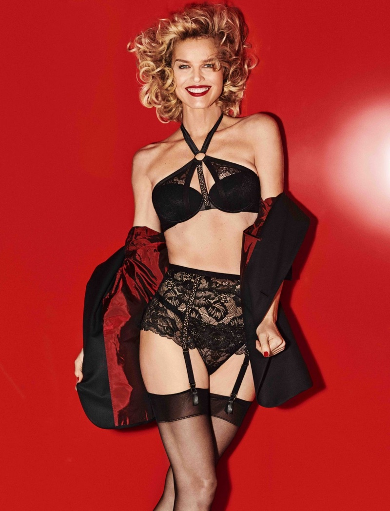 Yamamay Lingerie Christmas 2018 Campaign