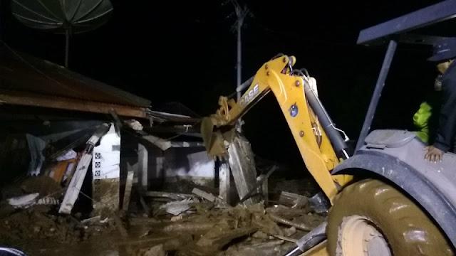 Bencana Kembali Terjadi! Banjir Bandang dan Longsor Menerjang Sumbar, 5 Orang Meninggal