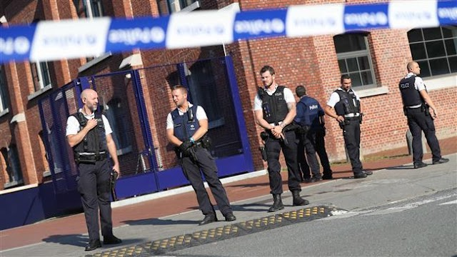 Belgium police arrest two in anti-terror raids