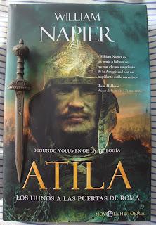 Portada del libro Atila: Los hunos a las puertas de Roma, de William Napier
