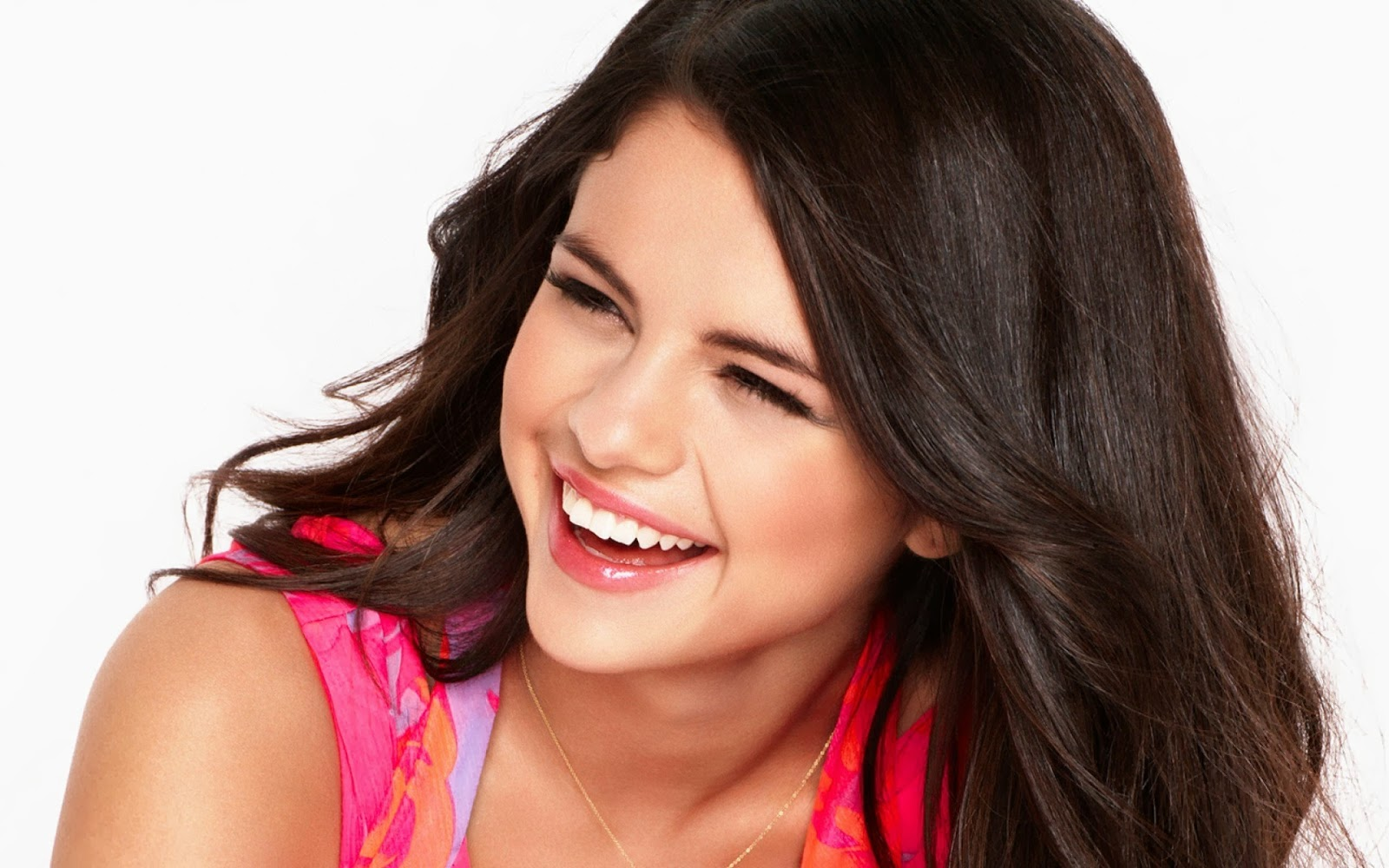 Katrina Kaif Cute Face Hd Wallpapers Celebrity Hd Wallpapers Selena Gomez Smiley Face Hd