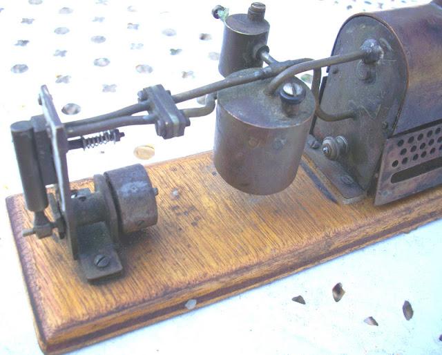 jouet tole machine a vapeur objet de maitrise steam engine dampfmaschine. Black Bedroom Furniture Sets. Home Design Ideas