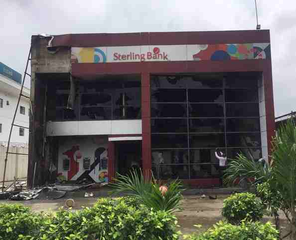 Sterling Bank In Apapa Burnt By Truck Drivers Over Squabble With MOPOL