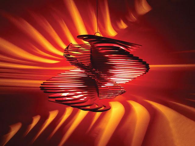 DIY วิธีประดิษฐ์โคมไฟจากไม้แขวนเสื้อ