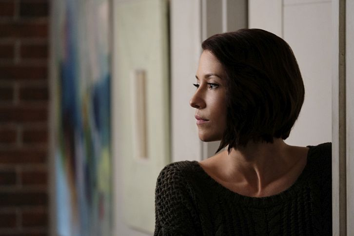 Performers Of The Month - November Winner: Outstanding Actress - Chyler Leigh