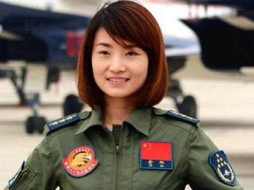 Wanita Pertama China Penerbang Jet Tempur J-10 Tewas