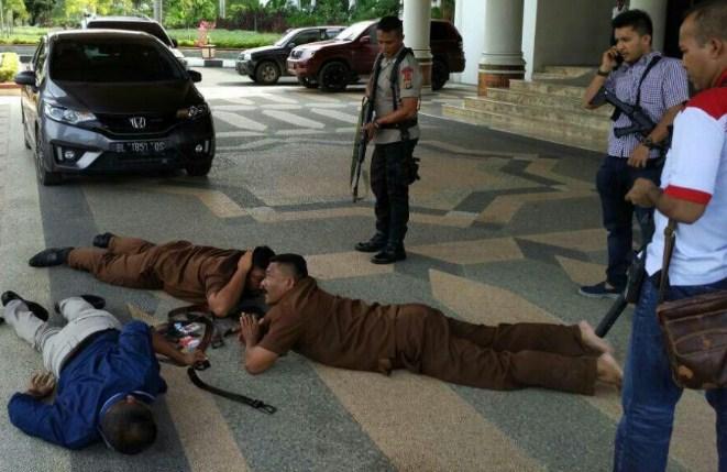 3 Orang diduga mengancam Ajudan Mualem diamankan Polisi