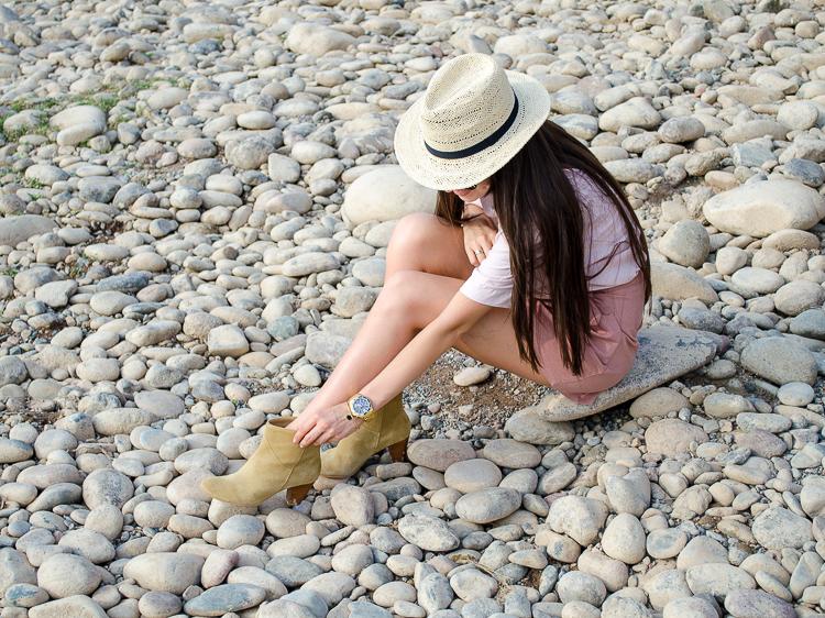 fashionblogger-diyorasnotes-outfit-high-waist-shorts-dutsy-rose-boots