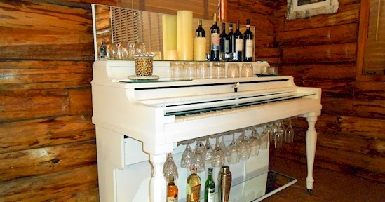 Do It Yourself Ideas And Projects 16 Diy Bar Carts To Upcycle Your Old Stuff In Style