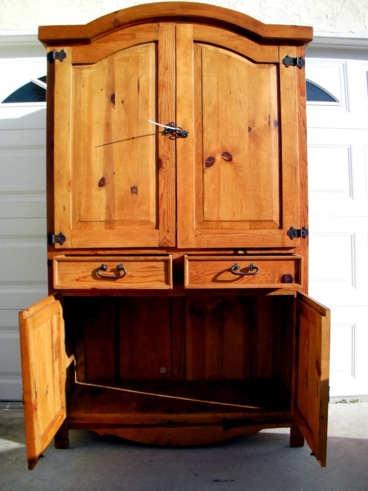 Furniture House Bavarian Armoire 3
