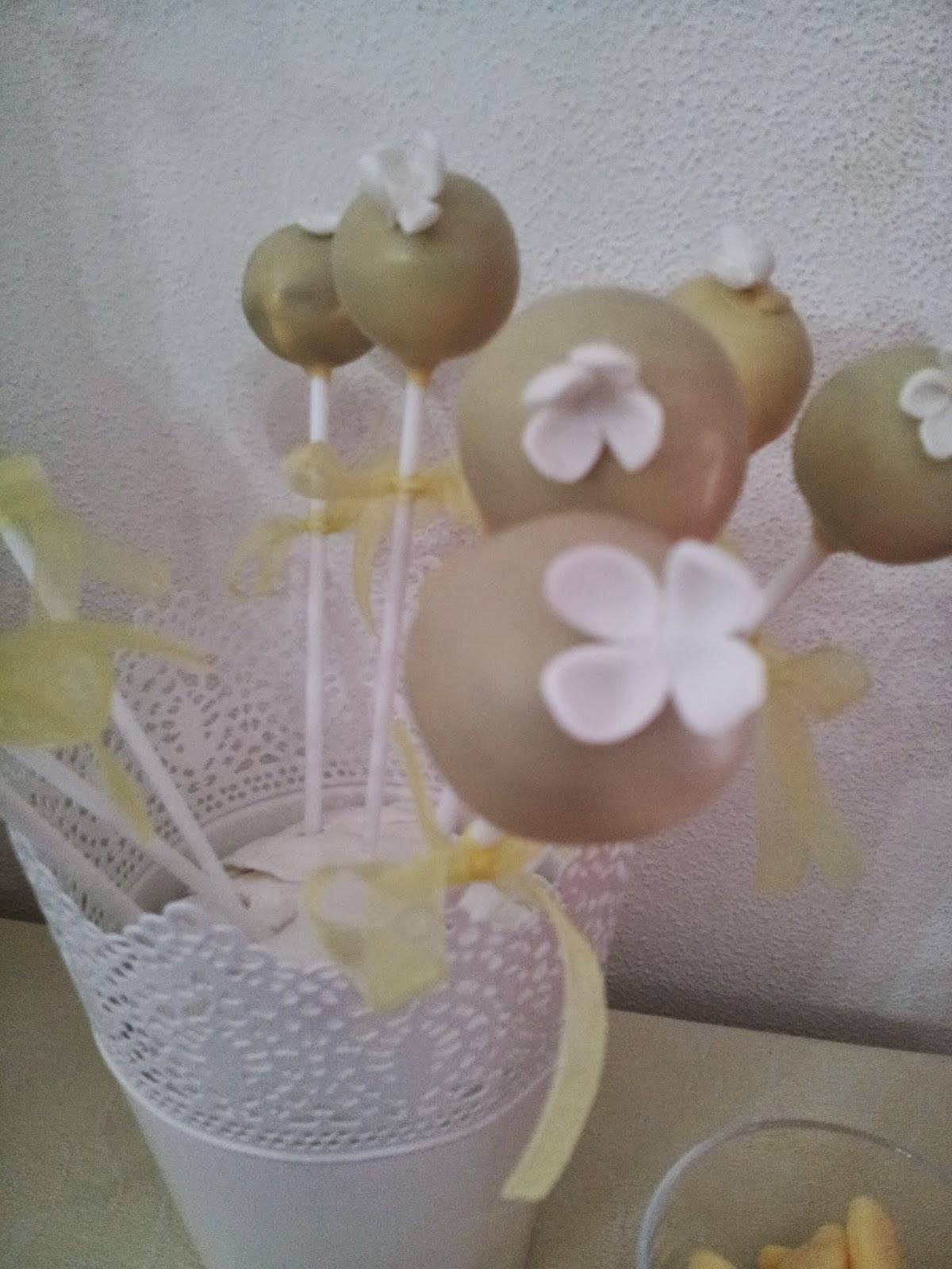 Festa de pai nosso da luisinha lara correia cake girl for Cobertura para cake pops