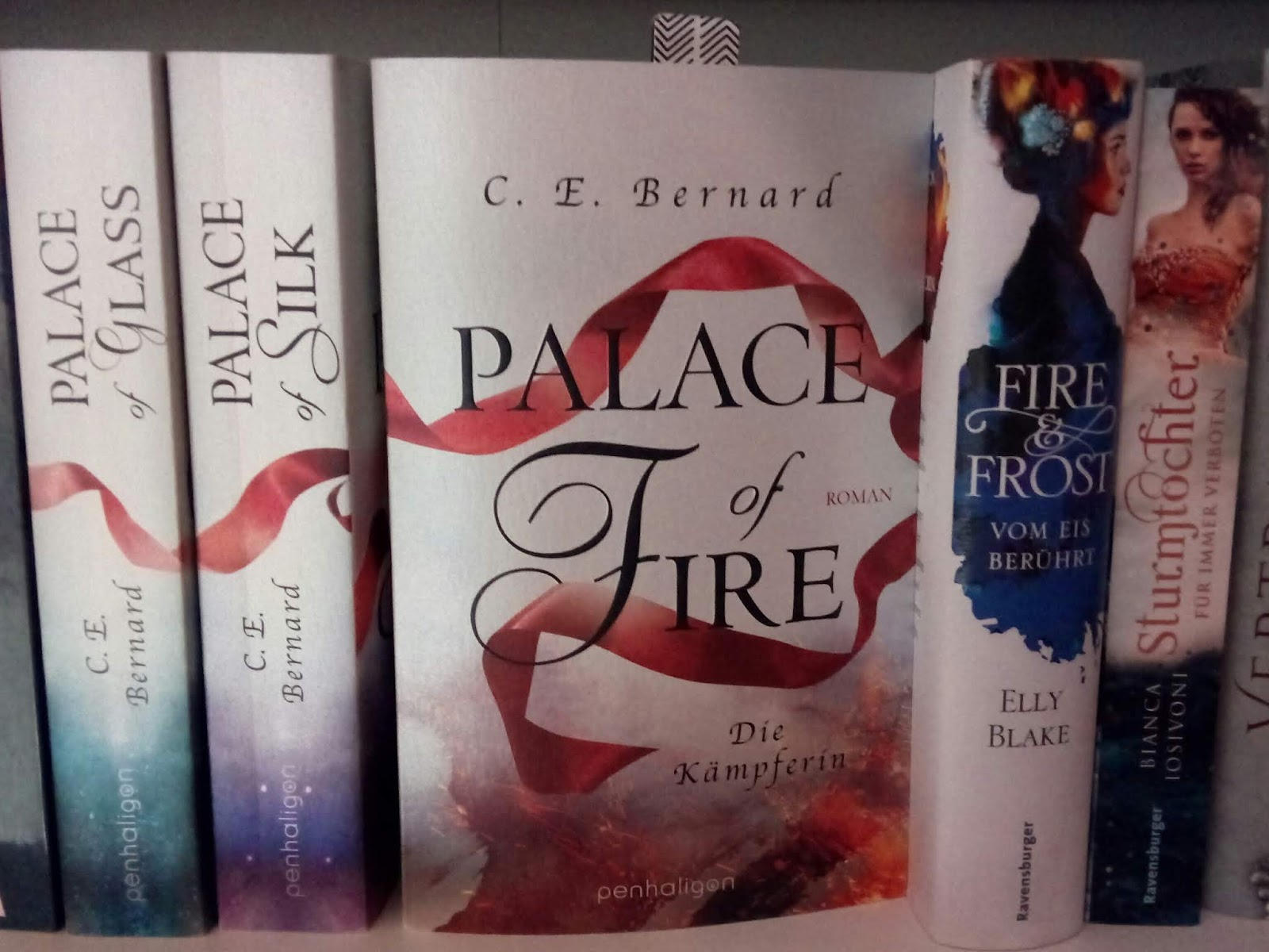{Rezension} Palace Of Fire | C. E. Bernard