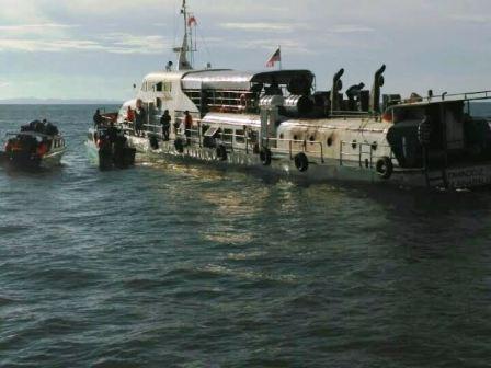 Kapal KM Tawindo II Terbakar, Bakamla RI Selamatkan ABK dan Penumpang