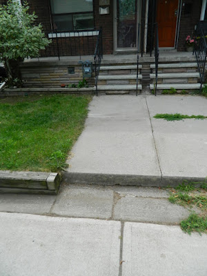 Beach Hill front yard cleanup after by Paul Jung Gardening Services Toronto