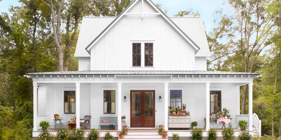 Beautiful white modern farmhouse exterior inspiration on Hello Lovely Studio