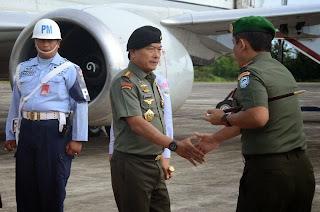 TNI Janji Perlakukan Rohingya Secara Manusiawi