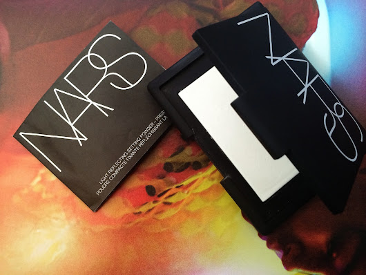 Beauty Review: NARS Light Reflecting Setting Powder