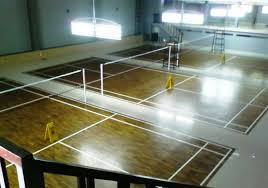Pemasangan Lantai Kayu untuk lapangan Badminton finished