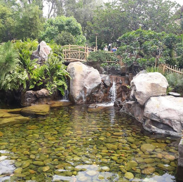 Japan World Pavilion EPCOT Pond