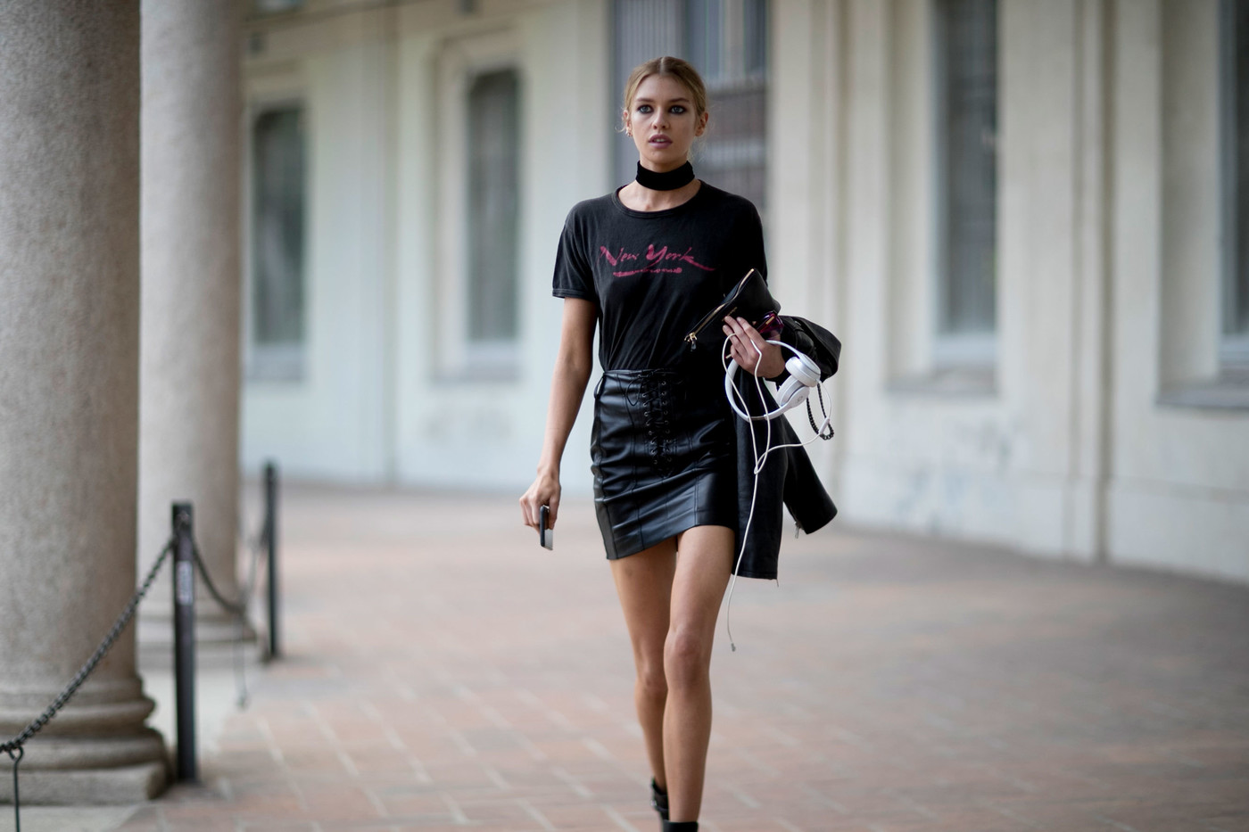 Street Style: Stella Maxwell's '90s Throwback