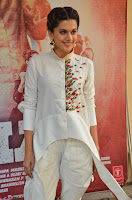 Taapsee Pannu Looks Super Cute in White Kurti and Trouser 16.JPG