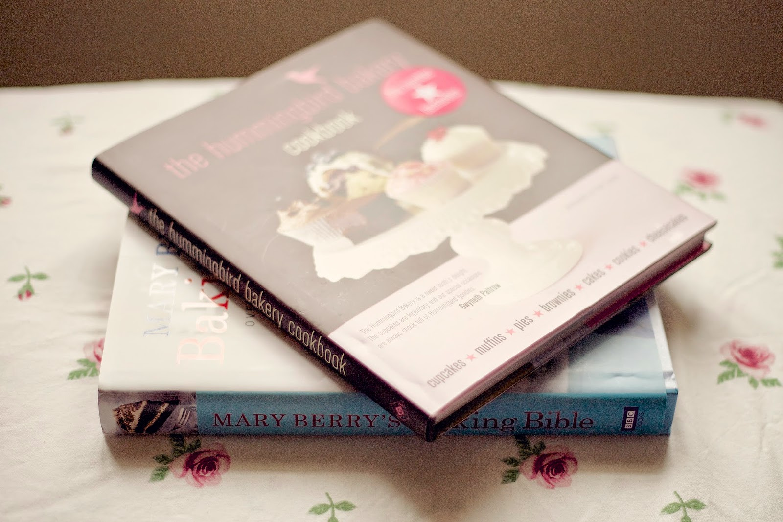 Hummingbird Bakery and Mary Berry cookbooks