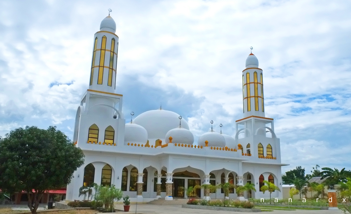 Masjid Al-Nasser Abpi, the White Mosque in Maguindanao
