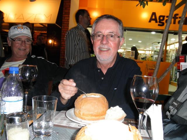 Sopa no pão em Gramado RS