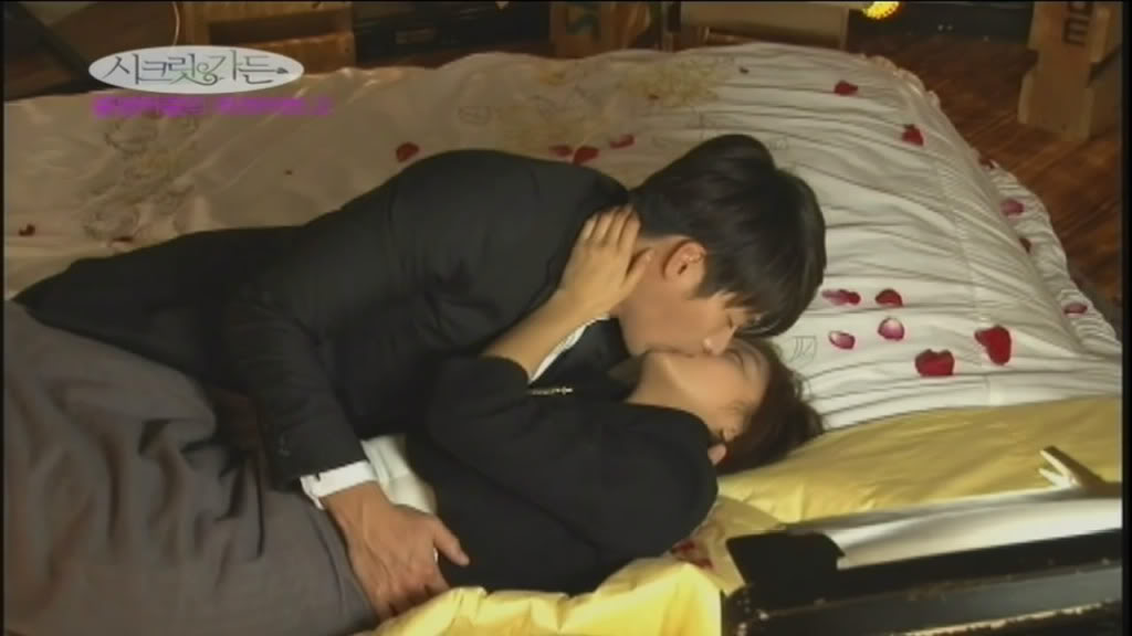 secret garden ha ji won hyun bin honeymoon kiss bts