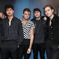 Lirik Lagu 5 Seconds Of Summer - Lie To Me dan Terjemahan
